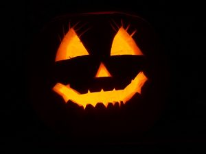 Halloweenska Oldies Party @ Kultúrny dom Šaľa - Estrádna sála